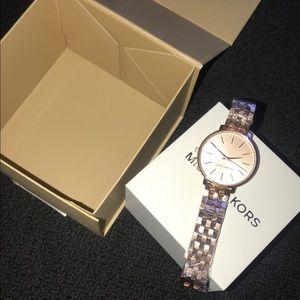 Michael Kors Women's Pyper Rose Gold Watch